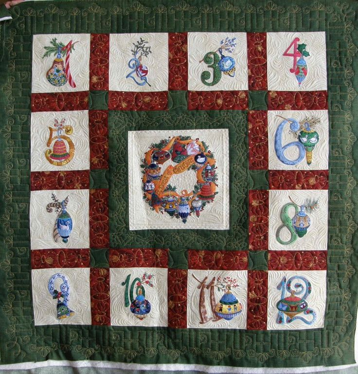 Quilting by StoneRidge Quilting. Pieced by Ginny Zeitlow.