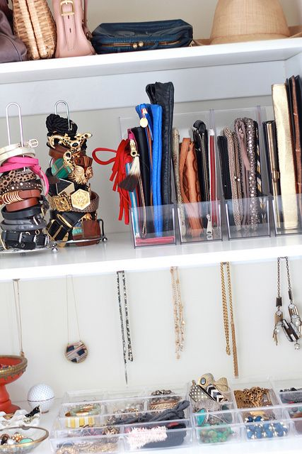 how to organize jewelry & accessories