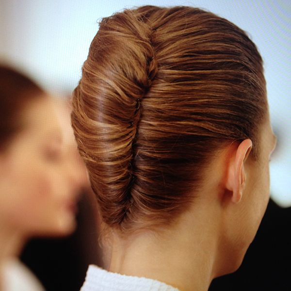 Awesome 1000 Ideas About French Roll Hairstyle On Pinterest Roll Hairstyle Inspiration Daily Dogsangcom