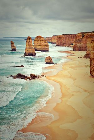 Copyright, 2016. Natalie Uscinas. The Twelve Apostles. Great Ocean Road. Victoria, Australia.