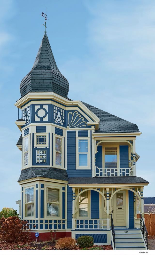 Beautiful blue victorian house built early 1900s for Queen anne home