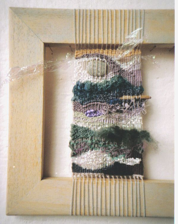 Use old picture frames to weave! xc {H Wilson Art - Weavings and Textiles}