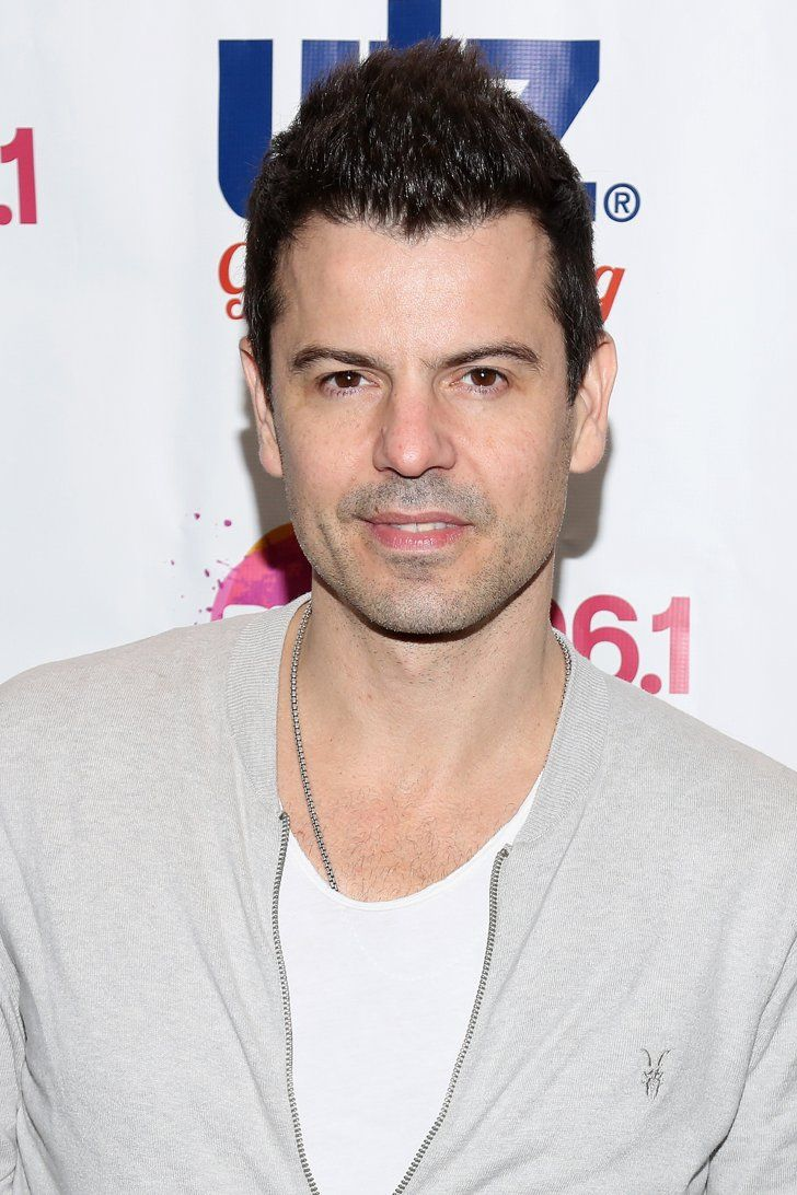 Pin for Later: 20 Stars Who Went From Boy Bander to Doting Dad Jordan Knight, New Kids on the Block The boy bander shares two sons, Eric Jacob, 9, and Dante Jordan, 16, with wife Evelyn Melendez.