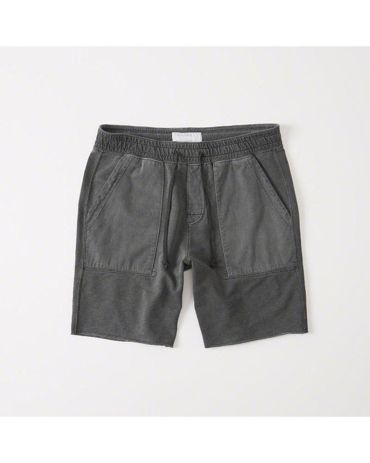 A&F Men's Washed Fleece Shorts in Black - Size XXL