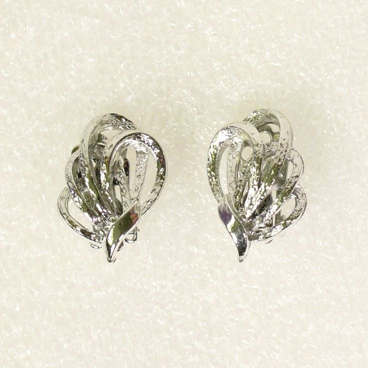 Vintage Estate Sale Signed Coro Earrings Silver Tone Knot Leaf Clip Ons Lovely! #Coro #clipon