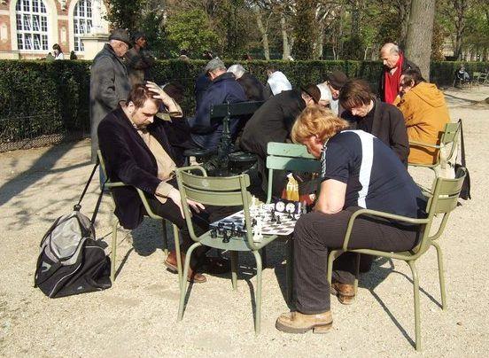 Checs au jardin du luxembourg beaut du jeu d 39 checs for Au jardin du luxembourg