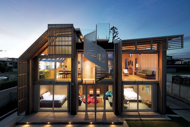 Pipi Beach House | love the terrace rooftop and the spotlights in the deck side
