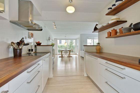 distribución diáfana diseño decoración en blanco neutros madera decoración diseño nórdico decoración abierta diáfana casas dinamarca decorac...
