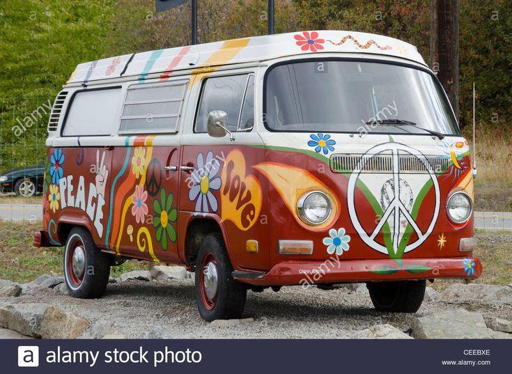 Download this stock image: painted Volkswagen, Hippie van, Ruby Blue's Winery…