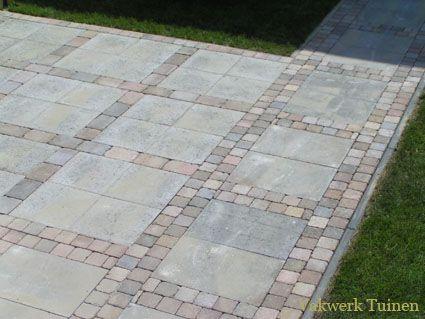 budget met klinkers en grijze 30x30 stenen
