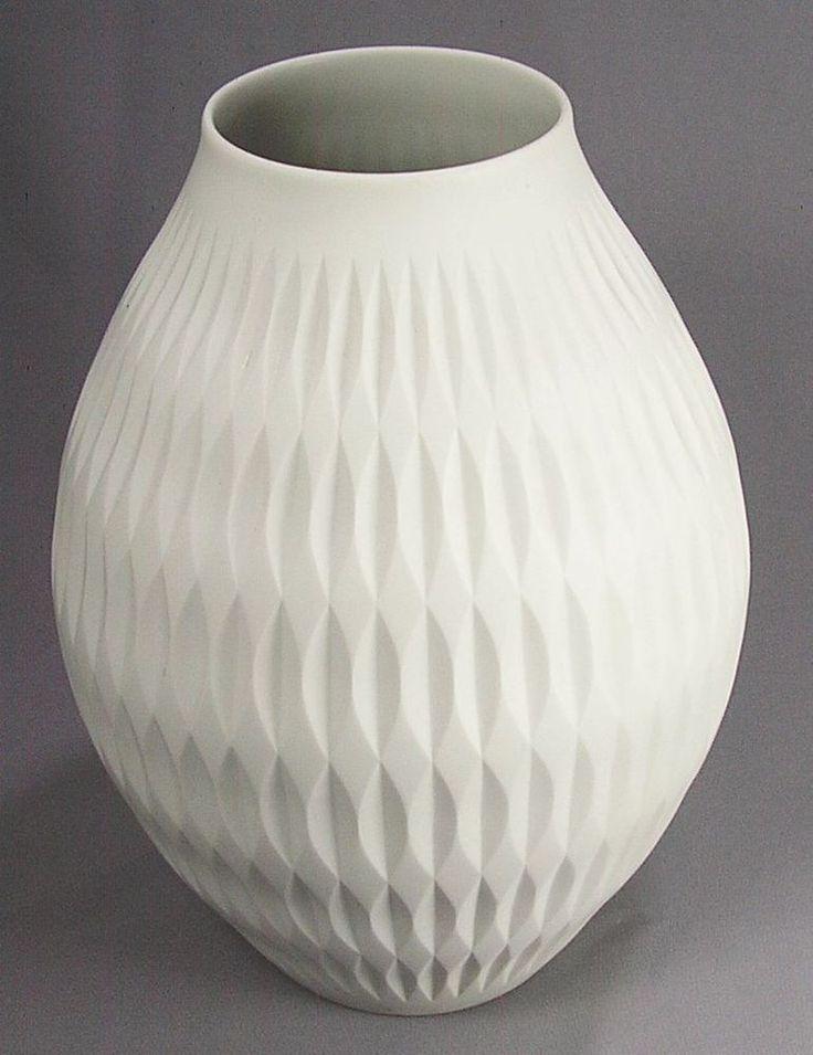 1000 id es sur le th me vase wei sur pinterest designs. Black Bedroom Furniture Sets. Home Design Ideas