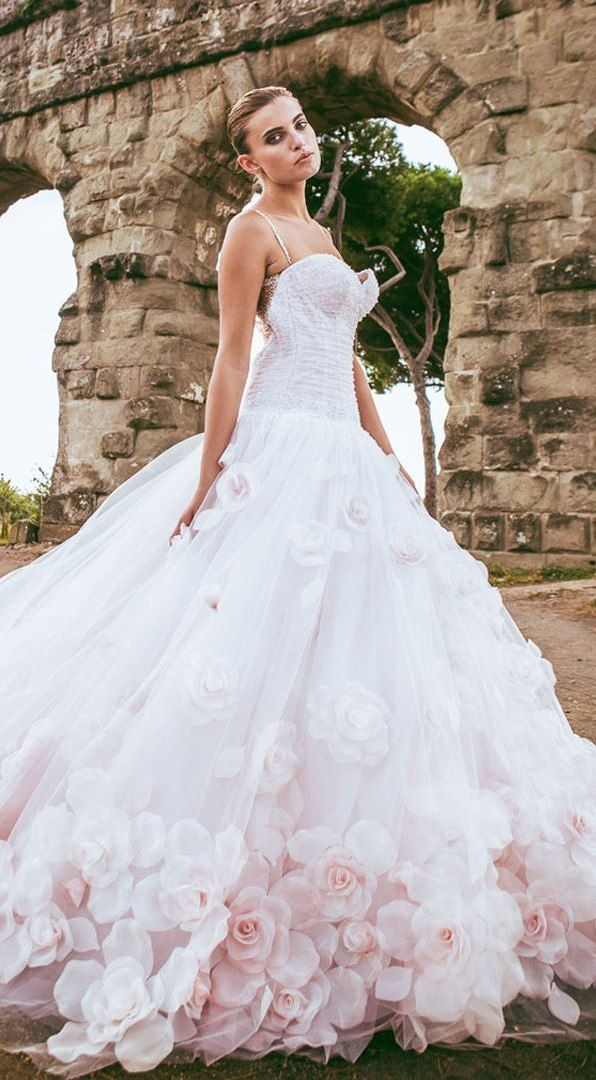 Amazing alessandro angelozzi couture 2015 collection for Floral dresses for weddings