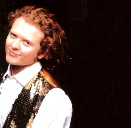 Mick Hucknall.  Road an elevator with him in London at the height of his fame!
