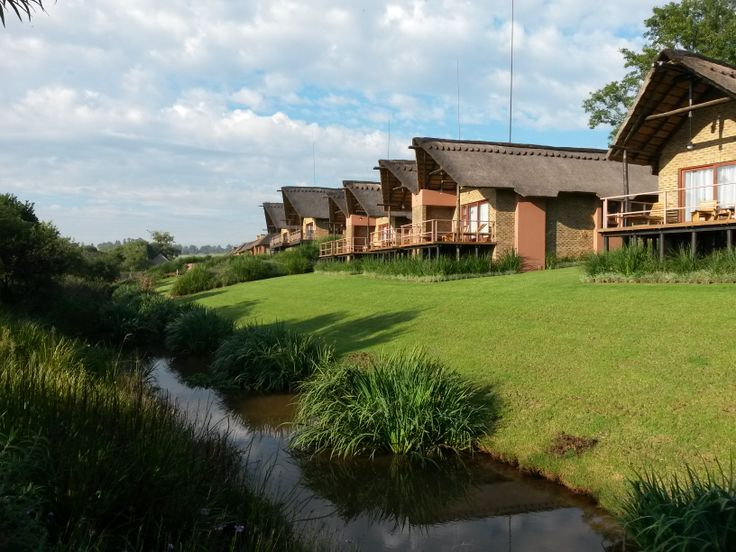 Kloofzicht Lodge on a crisp autumn morning
