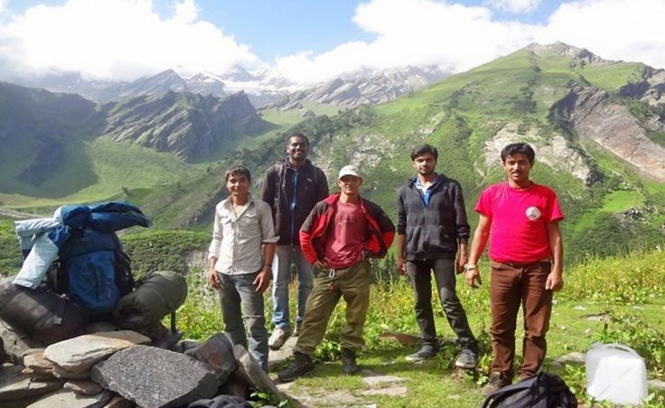 On the Bhrigu Lake and Beas Kund trek, Himachal Pradesh, be prepared for a multi-sensory experience of sorts; filled with beautiful lakes and views.
