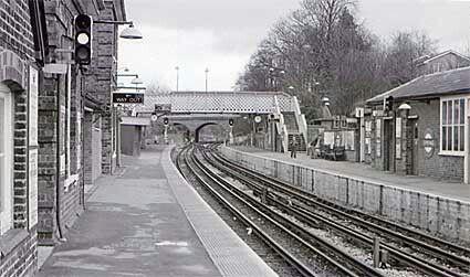 Epping Railway Station,in Sydney's metropolitan area.A♥W