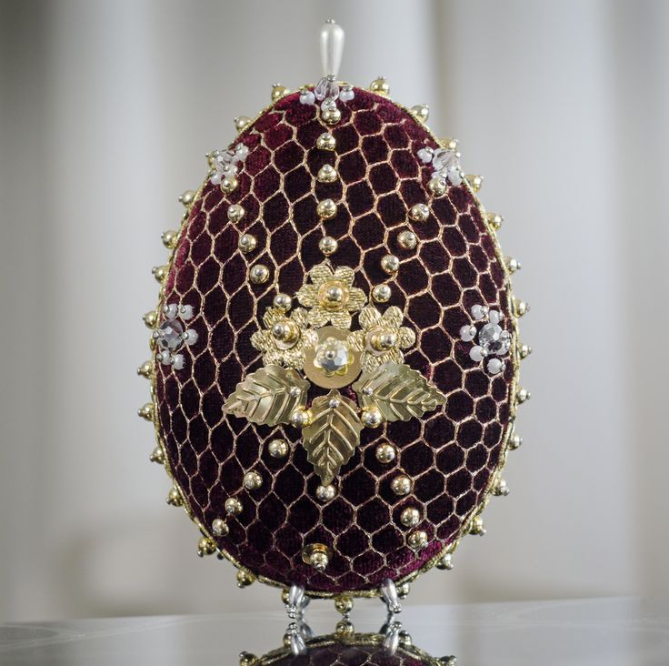 Faberge Egg - bordeaux 5