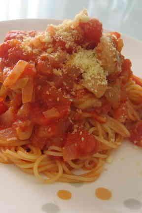 Chicken tomato spaghetti with cheese 簡単☆鶏肉のとろ~り♪トマトチーズパスタ