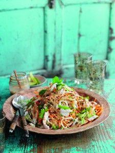 Slimming World Bang Bang chicken noodle salad