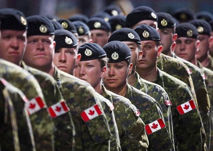 It Would Mean A Lot Canadian Armed Forces Asks Residents To Send Holiday Greetings To Troops Canadian Military Canadian Armed Forces Canadian Soldiers