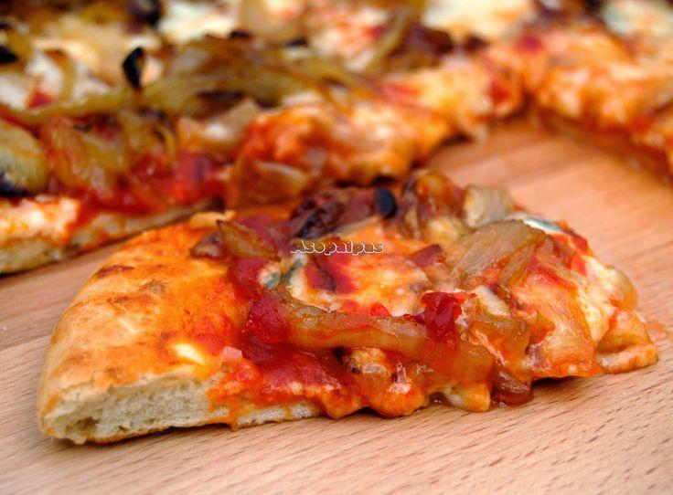 Pizza de Cebolla Caramelizada con Gorgonzola