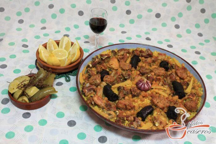La receta de Arroz al horno es un plato muy característico de la Comunidad Valenciana. Es muy nutritivo y sencillo de elaborar. Descubre la receta en: http://www.platoscaseros.es/recetas-de-arroz/arroz-al-horno