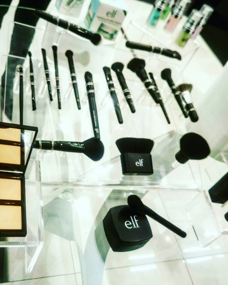 #elfcosmeticsmexico #elf #elfcosmetics #Black #Makeupartist #maquillaje #makeuplove #ilovemakeup #makeup #brush #brushes #brochasmaquillaje #brochas #pinceles #woman #womans #like #instagirl #instapic #concealer #beauty #beautifull #eyesmakeup #facemakeup http://ameritrustshield.com/ipost/1551032846155468824/?code=BWGYCfmD1AY