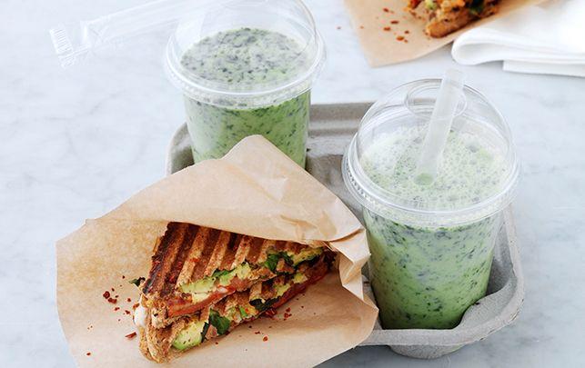 Grillet avokadosandwich & green smoothie
