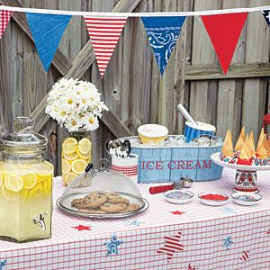 Country/BBQ party decor-Make your food table cute and crafty with our great decoration ideas!