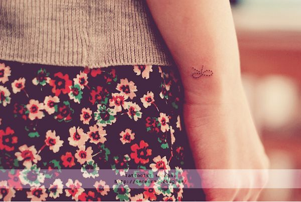 Stylish, Miniature Tattoos Of Block Shapes And Symbols Made With Lines - DesignTAXI.com