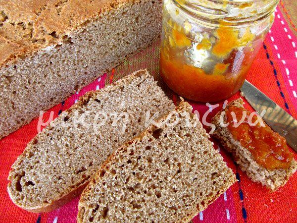 μικρή κουζίνα: Ψωμί με προζύμι από κεφίρ και αλεύρι ζέας
