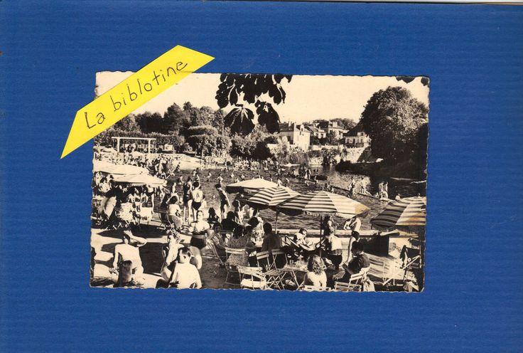 CPA TRES ANIMEE - ISLE ADAM (95) - LA PLAGE - SOUS LES PARASOLS - 1948