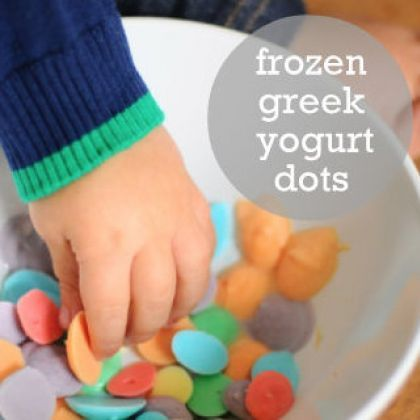 Frozen Greek Yogurt Dots - perfect snack for kids!