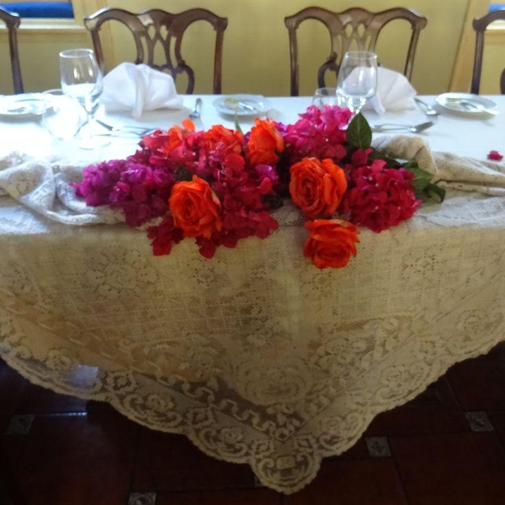 Table set Fall colours of Casa das Palmeiras Portugal