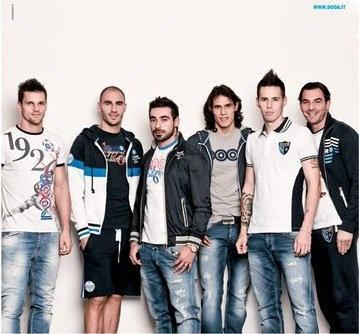 Maggio, Cannavaro, Lavezzi, Cavani, Hamsik, e Aronica :) Napoli <3
