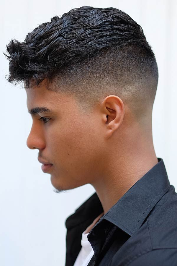 Awesome Disconnected Undercut Hairstyle Ideas You Should Give A Go Undercut Hairstyles Disconnected Undercut Young Mens Hairstyles