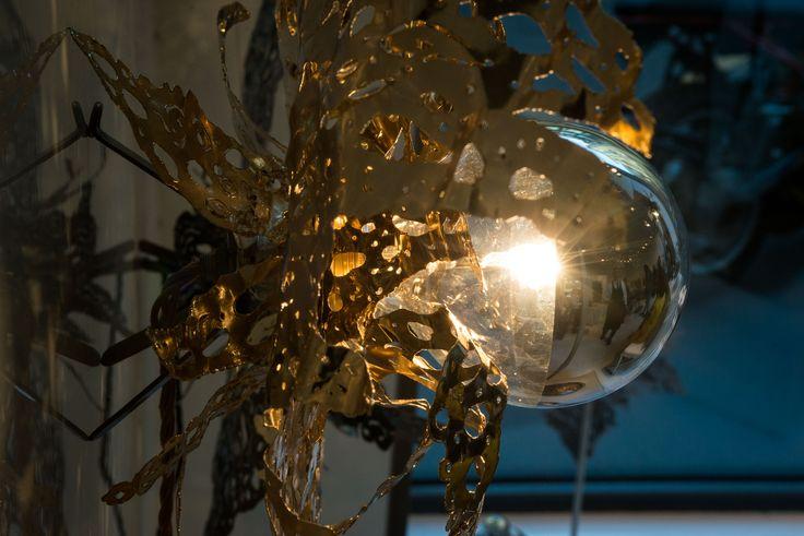"14 aprile, cocktail party per ""Alas de Angel"" di  #PatricioParada  #LeABoutique  #Milano #MDW #MDW16 #DesignWeek #Fuorisalone #Fuorisalone2016 #design #designer #gold #light #AlasdeAngel #necklace"