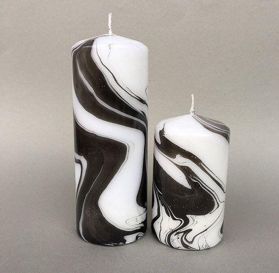 Vela del Pilar jaspeado blanco y negro. por CluelessCandlesUK