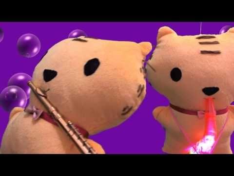 ▶ Relaxing instrumental music - cute kitten / tiger playing smooth jazz swing stop motion - YouTube