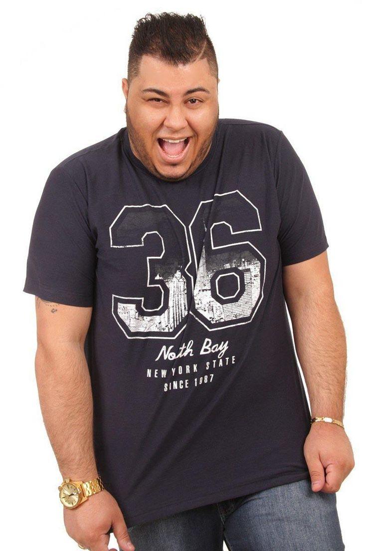 Camiseta com estampa Masculina Plus