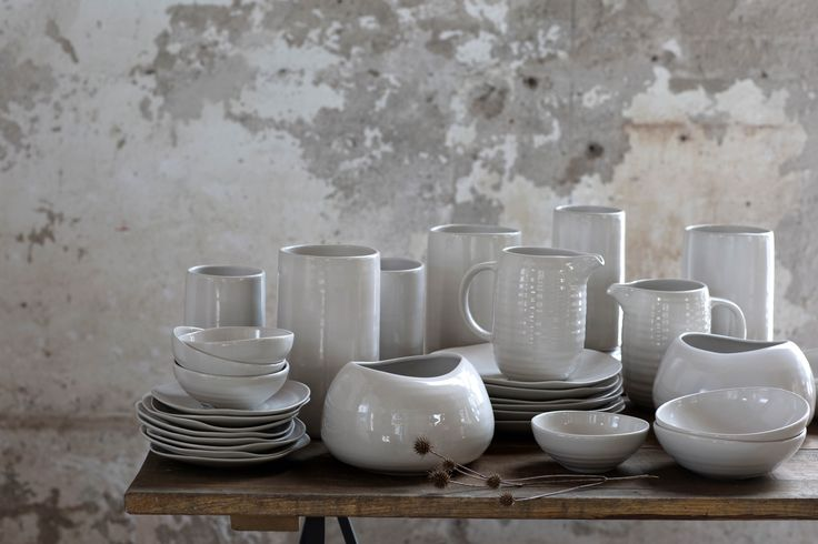 Variations in the shape and glaze makes each piece of pottery in the EFTERTANKE collection unique