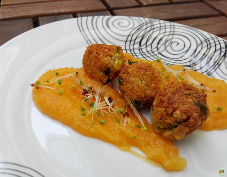 Falafel s batatovým pyré #falafel #sweetpotatoes #yummy