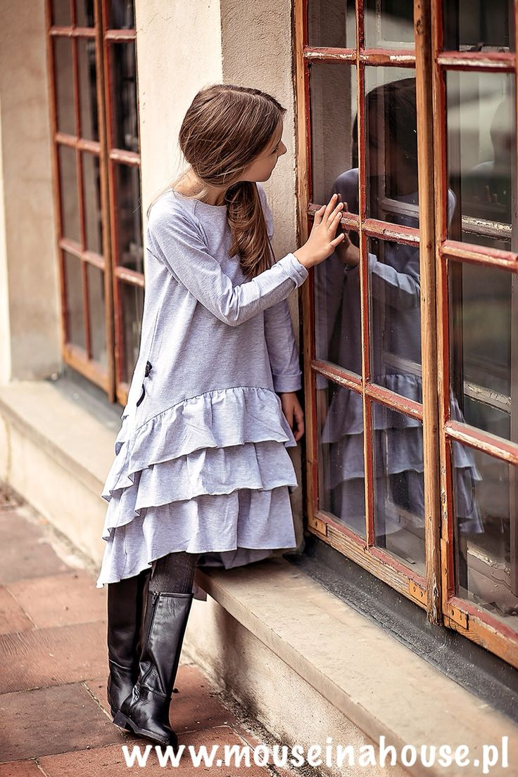 Beautiful Flamenco Dress in Grey by Mouse in A house www.mouseinahouse.eu