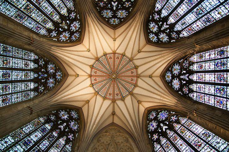 Techo de la Sala Capitular en la Catedral de York, Yorkshire, Inglaterra, Reino Unido