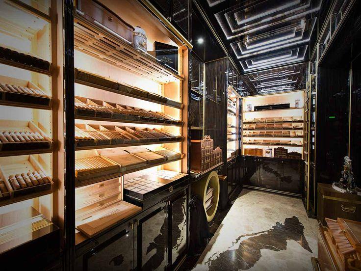 The Wellesley Hotel - Cigar room, London