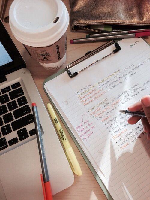 Afbeelding via We Heart It https://weheartit.com/entry/150853870/via/15584923 #coffe #college #motivation #organization #study #studyhard #studytime #readyforexams