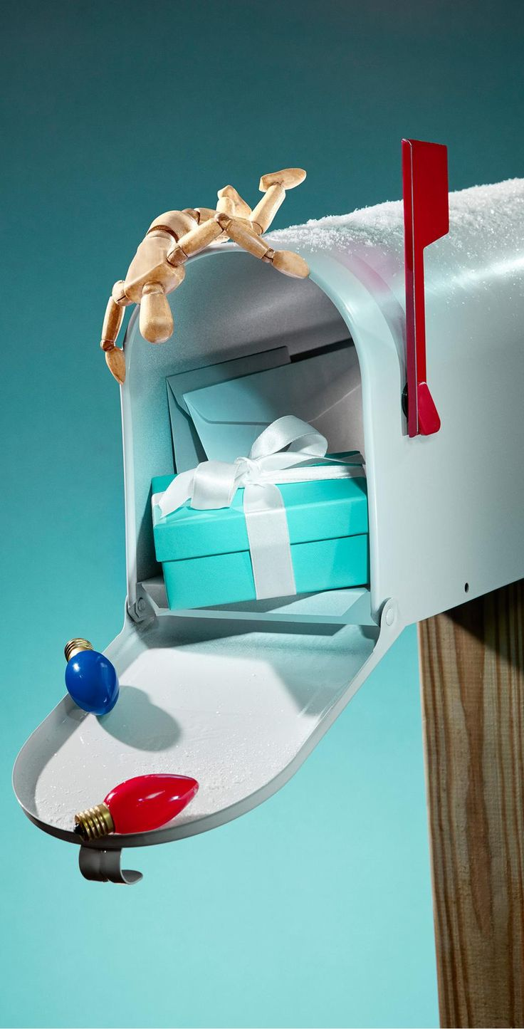 You've got mail. Discover a Tiffany gift they're sure to love.