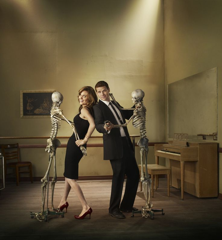 Bones_S4_002.jpg (3605×3900) Emily Deschanel and David Boreanaz