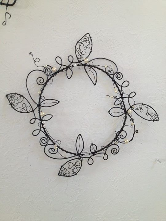 Cool Wire and bead wreath make this