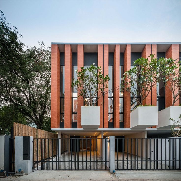 Townhouses with private courtyards | bangkok | Thailand | Residential 2015 | WAN Awards